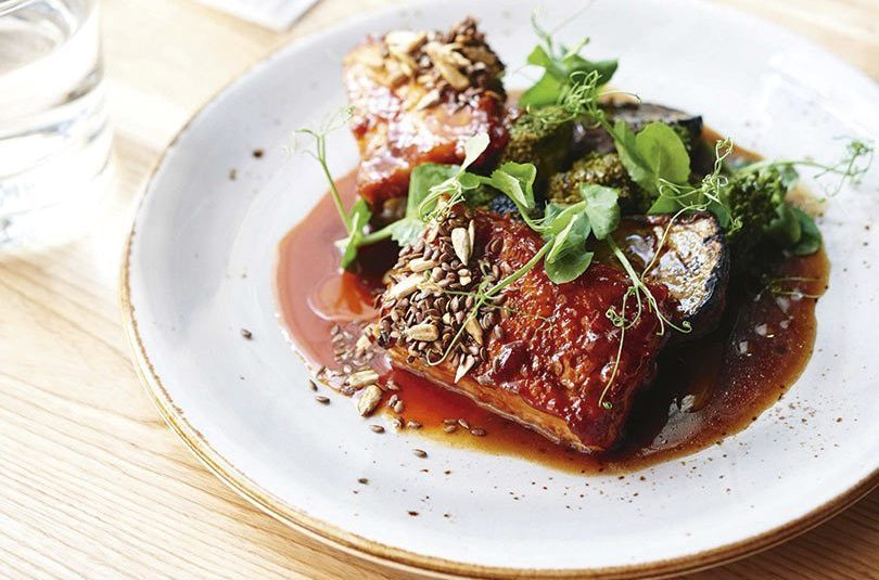 MIN'S SPICY BARBECUE PORK BELLY WITH BROCCOLI & KŪMARA