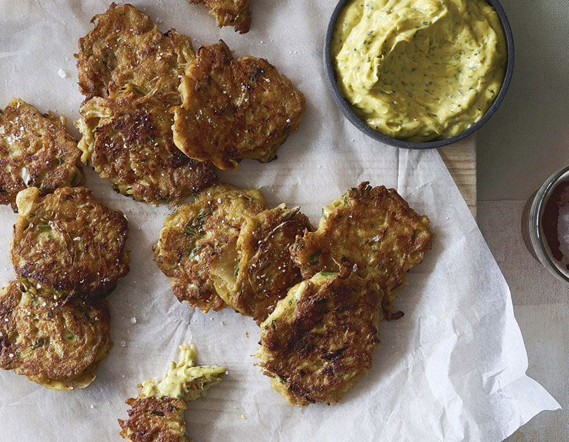 TUATUA FRITTERS WITH SEAWEED MAYONNAISE