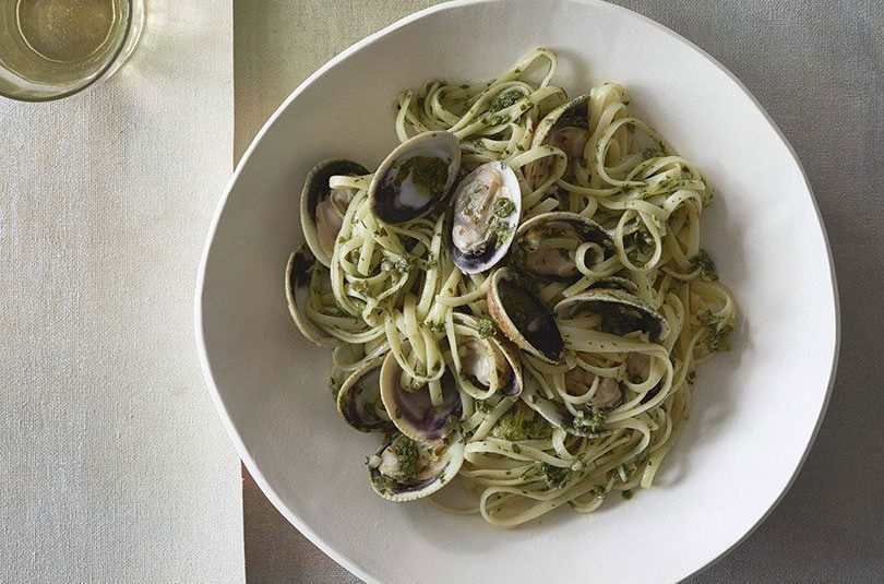 GREEN HERB & COCKLE PASTA