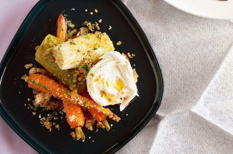 Braised Leeks & Carrots with Parmesan Breadcrumbs