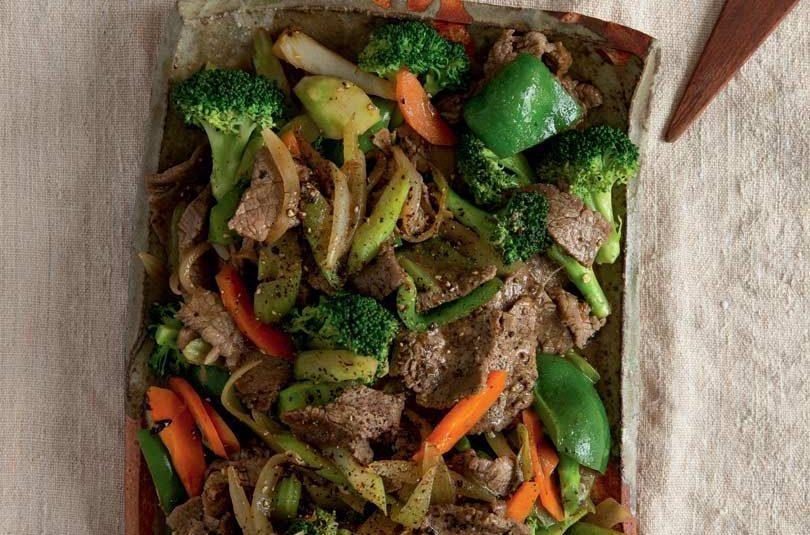 STIR-FRIED PEPPERED BEEF