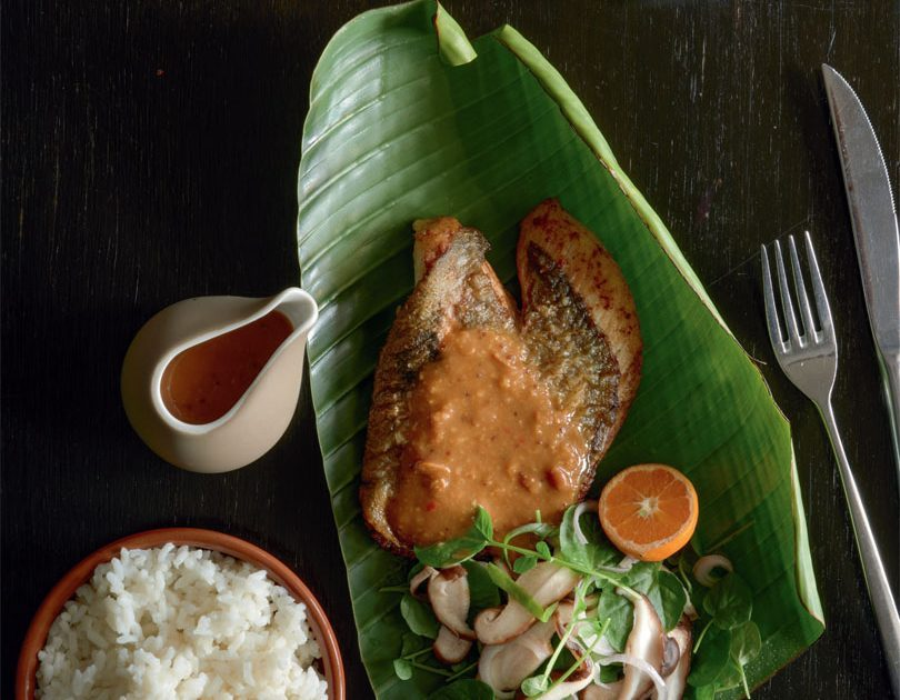 PRITONG ISDA – FRIED FILLET OF JOHN DORY WITH PICKLES & SPICY SOYBEAN GLAZE