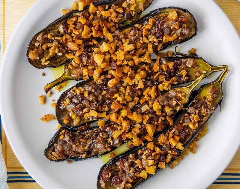 EGGPLANTS WITH SWEET & SOUR ONIONS, RAISINS & CRUMBS