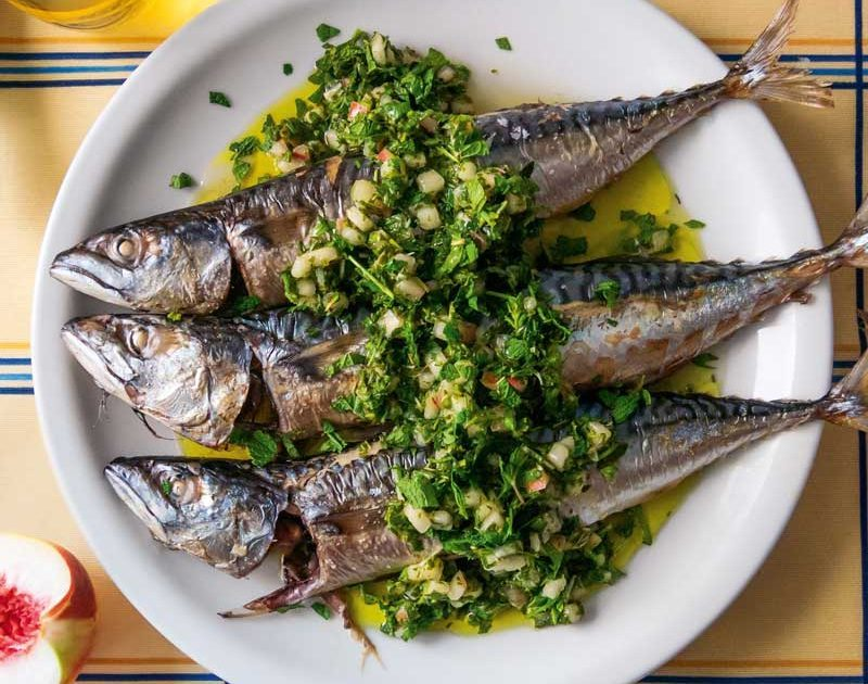WHOLE FISH WITH WHITE PEACH GREMOLATA