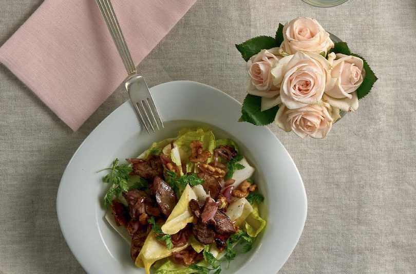 CHICKEN LIVERS ON A WITLOOF & WALNUT SALAD WITH WALNUT OIL DRESSING