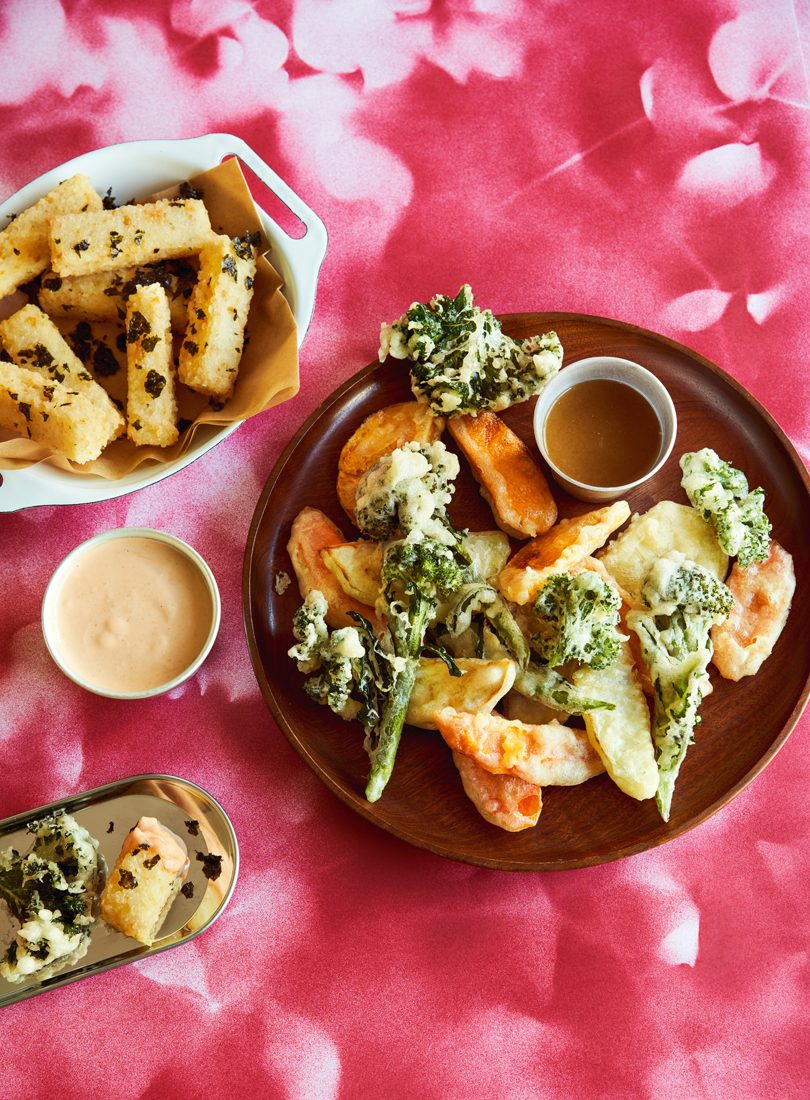 TEMPURA VEGETABLES WITH RICE AND CHICKPEA CHIPS