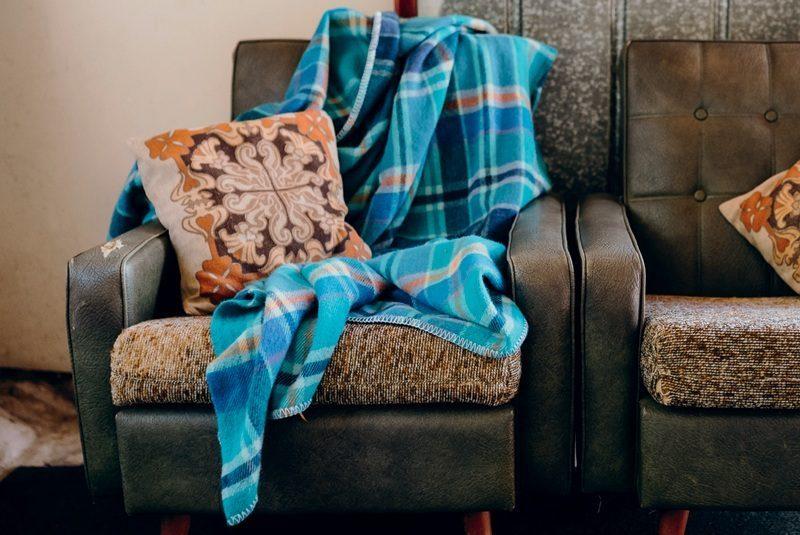 Fresh Retro Love blankets / Kathleen Green